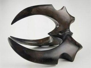 Claw-shaped art piece
